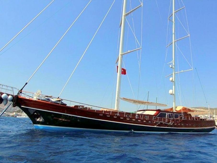 Yacht Carpe Diem 5