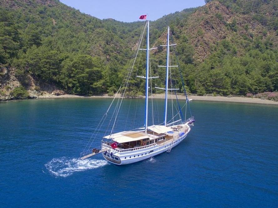 Yacht Kayhan 8