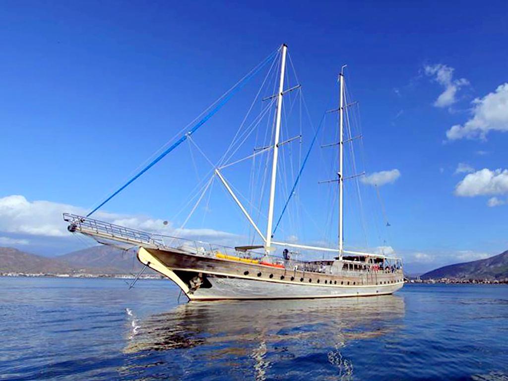 Yacht Prenses Lila