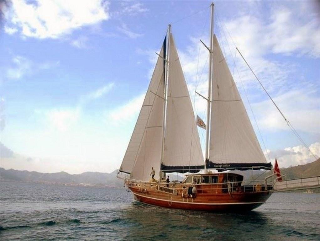 Yacht Yesemin Sultan 1
