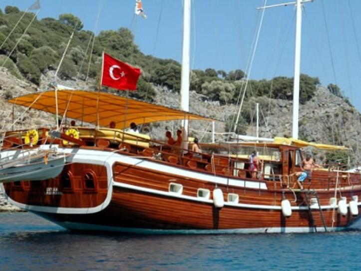 Yacht Ertan 1