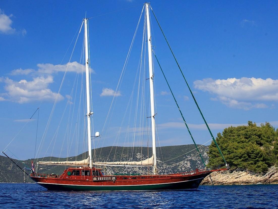 Yacht Carpe Diem 7